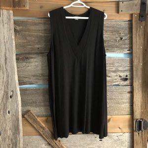 Michel Studio long v-neck sweater vest size 3X